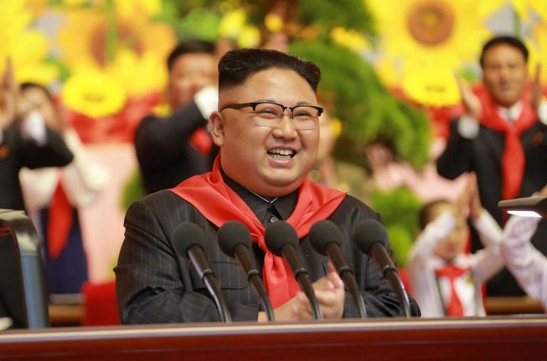 Bulival ünnepelte Kim Dzsongun a tömegpusztító fegyverét  e7007a4c16