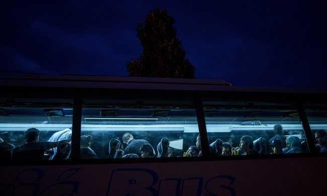Franciaország nem fogad be több menekültet
