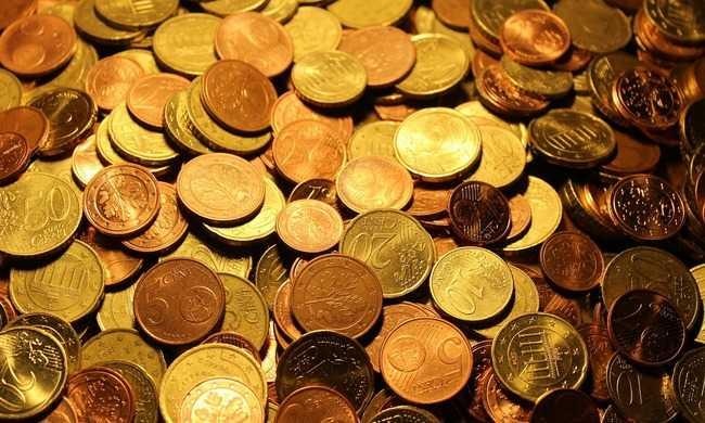 Adócsalás, pénzmosás - 5 milliárdos kár