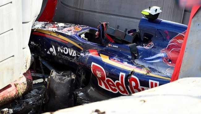 Sainz balesete miatt szakadt félbe a szombati edzés