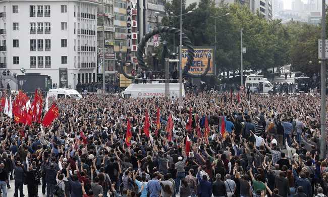Terrortámadás Törökországban: eddig 95 halott