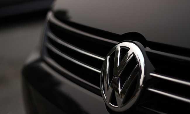 Szabálytalanságok a Volkswagennél, 800 ezer autót érint