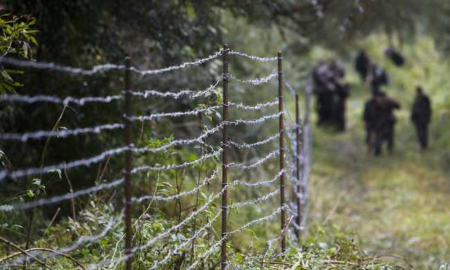 Éjfélkor lezárják a horvát határt