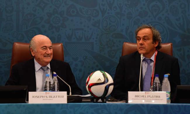 Eltiltották és megbüntették Blattert és Platinit