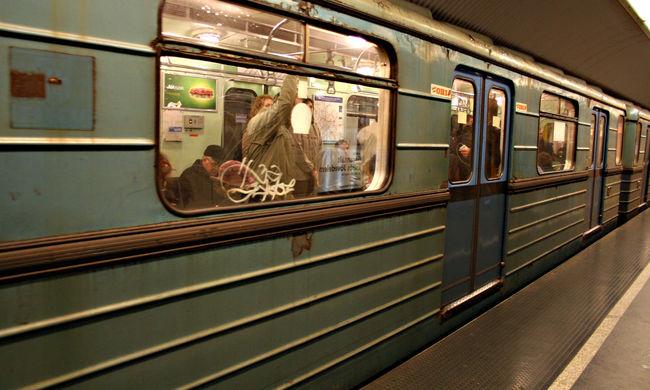 Gázolás miatt nem jár a metró