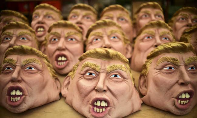 Donald Trump arcával ijesztegetnek a mexikóiak