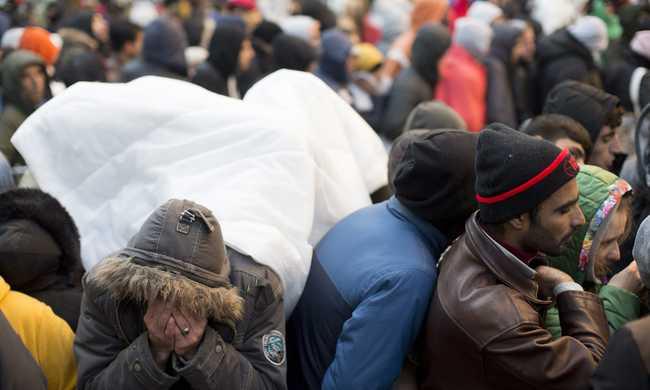 Magyarországra akarták küldeni, kiugrott az ablakon