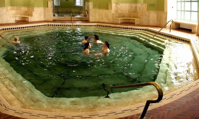 Fürödni szeretünk október 23-án