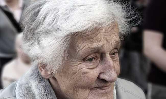 Az időseket védené a törvény