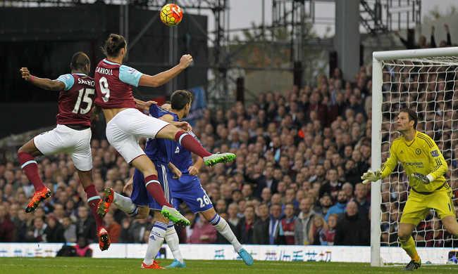 Mourinhót kiállították, a Chelsea megint kikapott