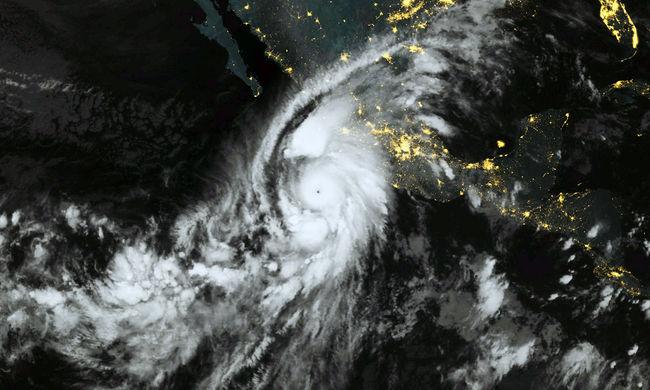 Mexikói óriásvihar: a Facebook bekapcsolta katasztrófahelyzetben használt funkcióját