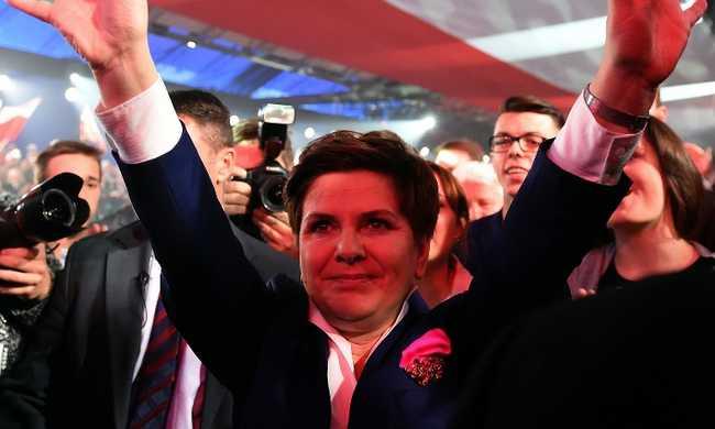 Lengyelország választott: a rendszerváltás óta nem volt ilyen eredmény