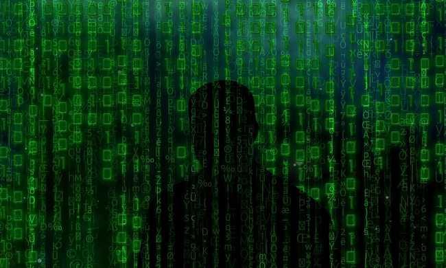 Négymillió ember banki adatai egy kamasznál