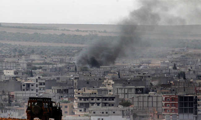 Állítólag izraeli légitámadás érte a szír kormányhadsereget, a szír kormány tagadja