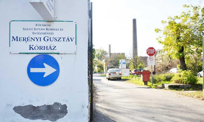 Ordibálni kezdett, majd megtámadta az ápolókat egy férfi a budapesti kórházban