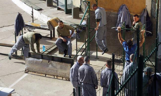 Zsúfoltak a börtönök Magyarországon
