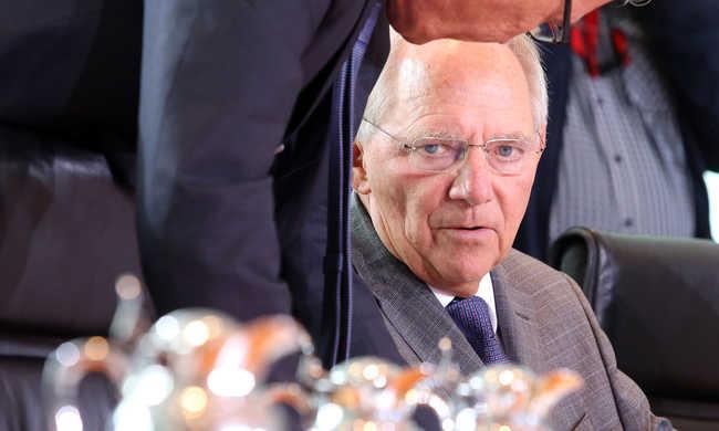 Schäuble: a migránsok beengedése nem lehet korlátlan