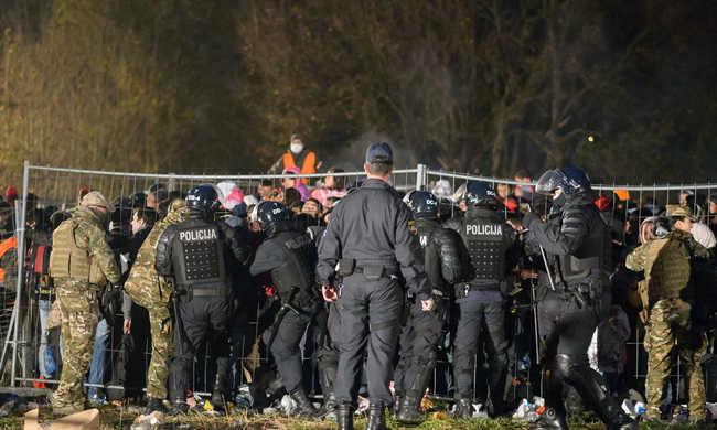 A migránsok miatt rendőröket képeznek határőrré Ausztriában