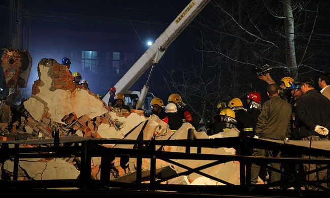 Tizenheten haltak meg egy építkezésen