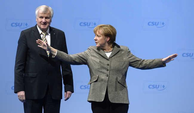 Lemondatnák Merkelt a migránsok miatt