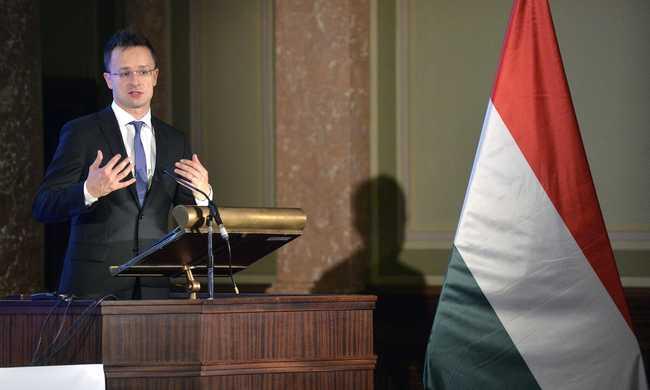 Magyarország jól teszi, ha Dél felé nyit