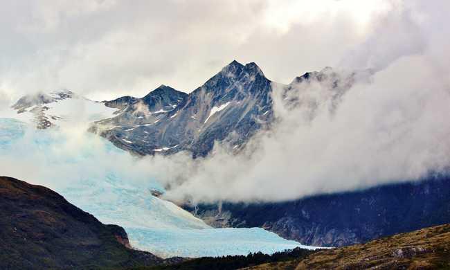 Olvadnak a gleccserek: 3 méterrel is emelkedhet az óceánok vízszintje