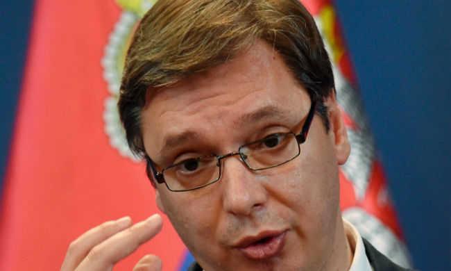Robbanószerkezetet dobtak a szerb miniszterelnök koszovói látogatásának helyszínére