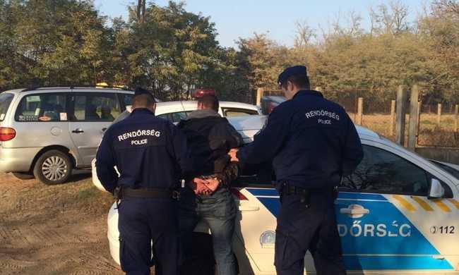 Megtámadtak egy taxisofőrt
