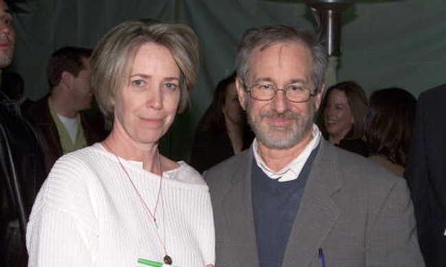 Meghalt az E.T. forgatókönyvírója