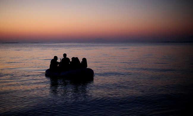 Tizenegy migráns fulladt vízbe, gyerekek is, többen eltűntek