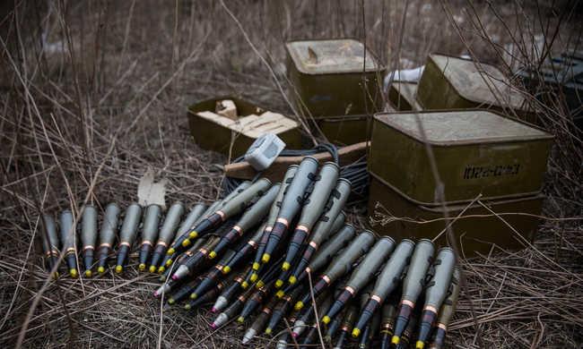 Civilek kapnak fegyvert a szélsőségesek ellen