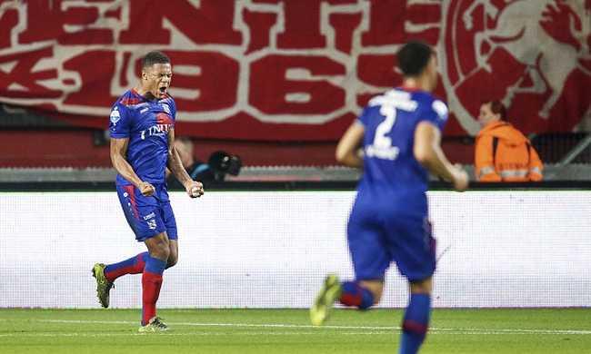 Priskin duplázott, Otigba gólt fejelt, Dzsudzsákék kikaptak