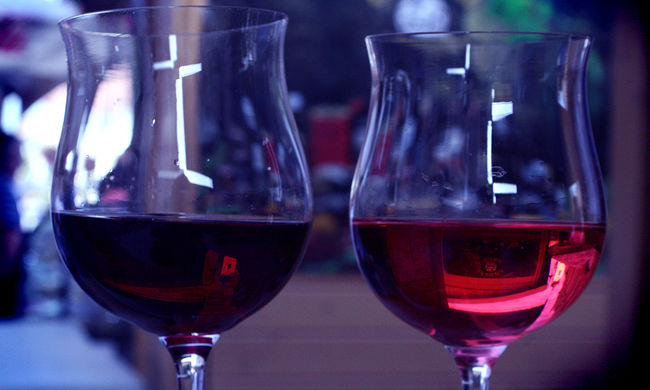 Ilyen még nem volt: víz alatti borászat nyílt, akár Ön is a felszínre hozhatja a különleges borokat - videó