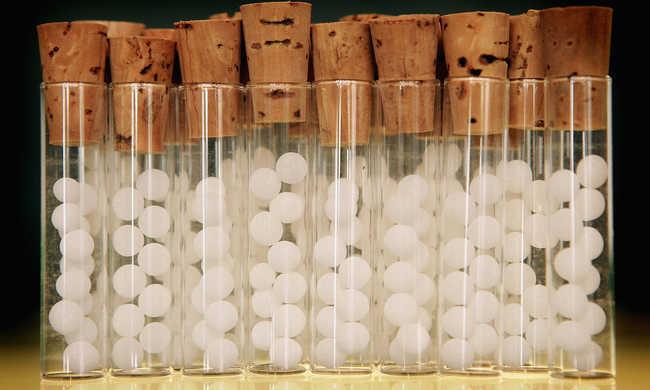 Egy új tanulmány szerint a homeopátia nem jobb, mint a placebo