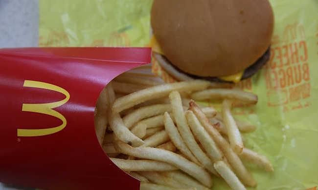 A mekis hamburger miatt kerültek életveszélyes állapotba a gyerekek