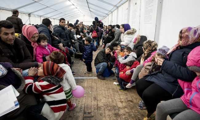 Németország visszaküldheti a szíreket az első EU-s országba