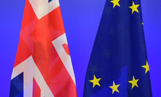 Ledöbbentek a britek: lehet, hogy mégsem lépnek ki?