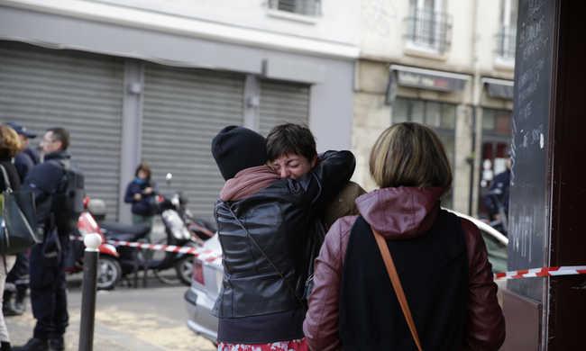 """""""Nem lesz úrrá a rettegés"""" - interjú egy Párizsban élő magyar lánnyal"""
