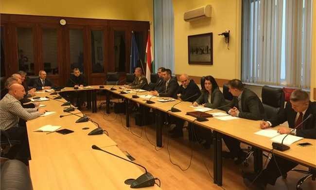 Megerősítik a magyar biztonsági intézkedéseket - videó