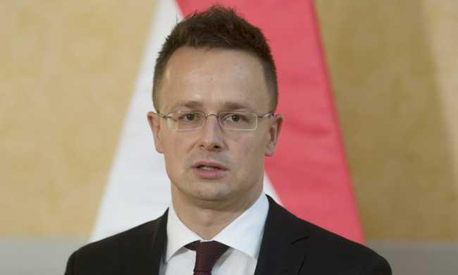 Szijjártó: kiábrándító az EU-intézmények hozzáállása a migrációs válsághoz
