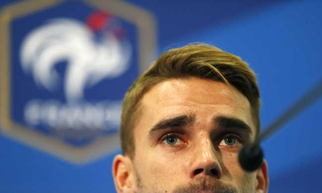 A terrortámadások helyszínén volt egy francia válogatott játékos testvére is