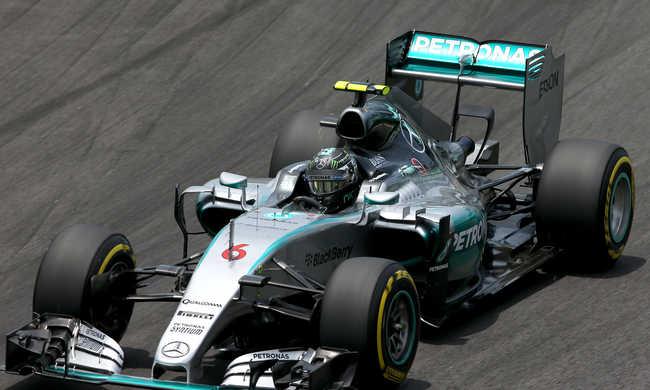 Forma-1: Rosberg hatodszor az élen