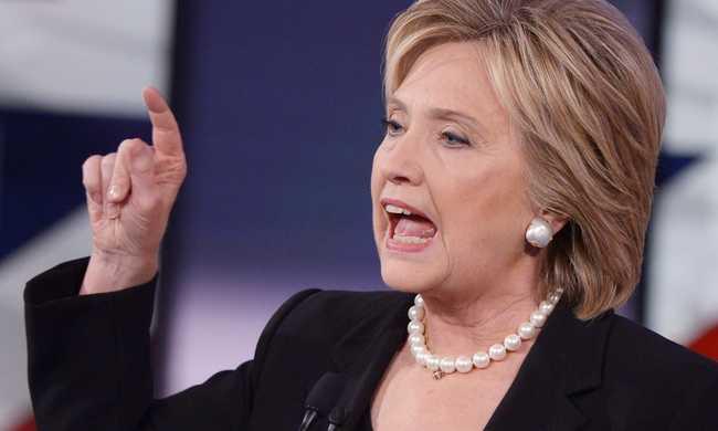 Hillary Clinton: Gyökerestül kell kiirtani a dzsihadista radikális szervezeteket