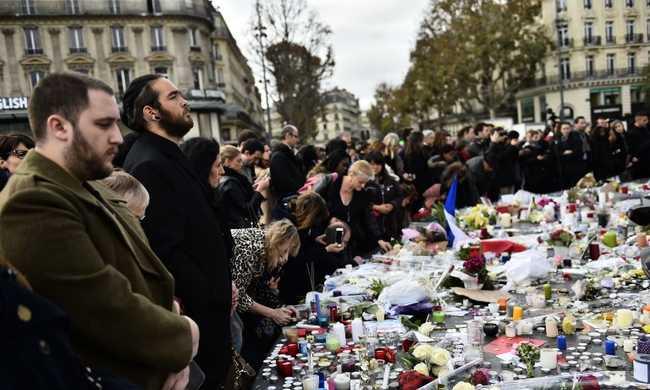 Egyperces néma csend Európa-szerte