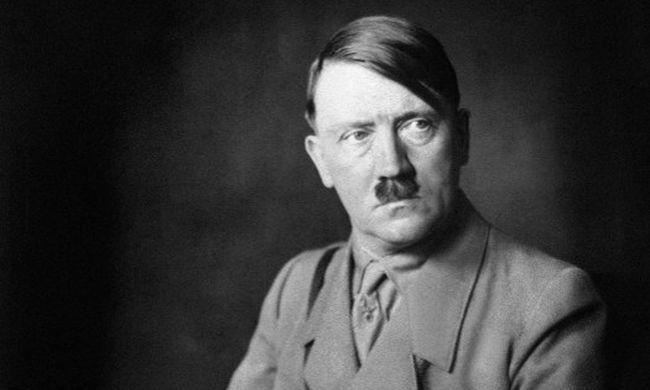Csak egy heréje volt Hitlernek