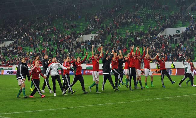Így kíván boldog karácsonyt a magyar labdarúgó-válogatott - videó