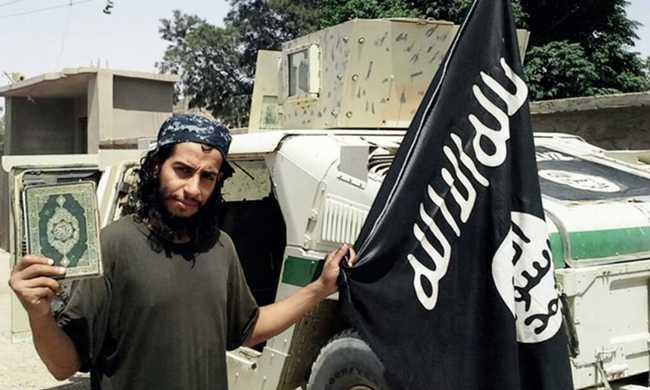 Ő tervelte ki a párizsi terrortámadásokat