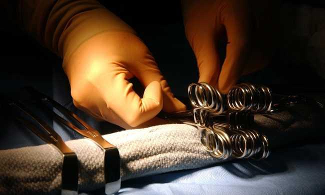 Robotokat használnak a gerincműtéteknél