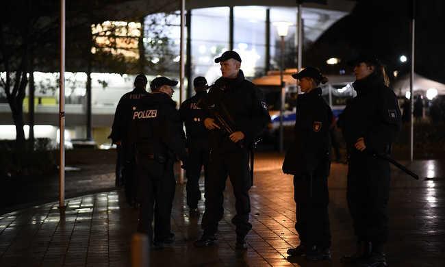 Nem találtak bombát Hannoverben - ellentmondó hírek a veszély nagyságáról