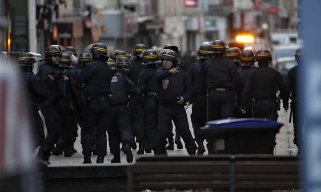 A franciák támogatják a kormány terrorellenes intézkedéseit